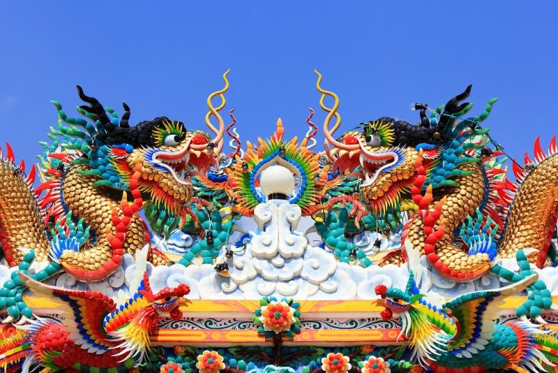 Китайское искусство статуи дракона стоковая фотография rf