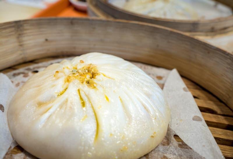 Китайское baozi плюшки пара стоковая фотография rf