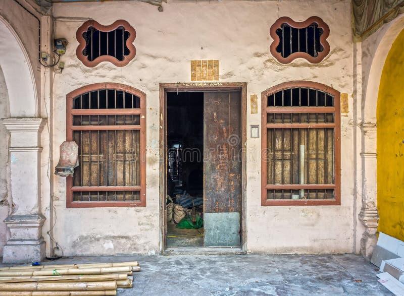 Китайско-португальская архитектура здания руин в городке Пхукета стоковое изображение