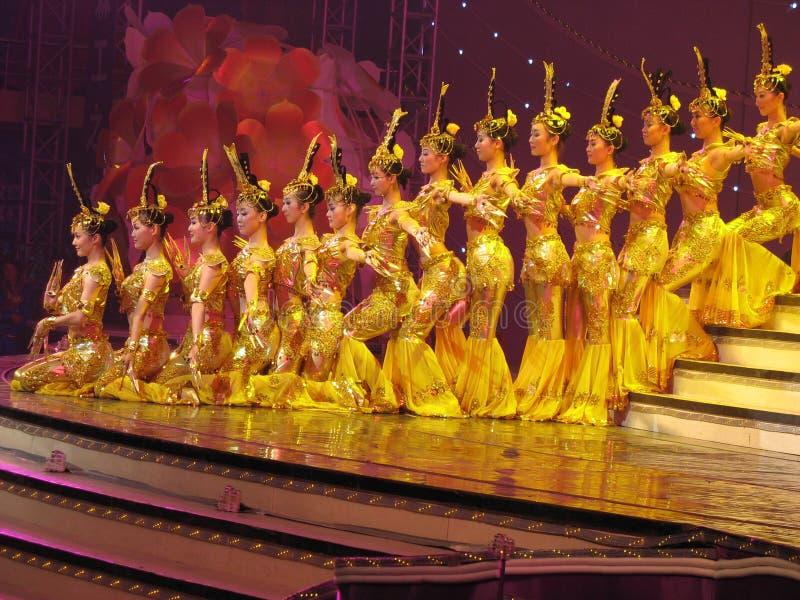 китайцы актеров танцуют глухое стоковые изображения rf