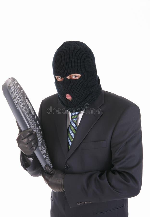 клавиатура хакера преступника компьютера стоковая фотография