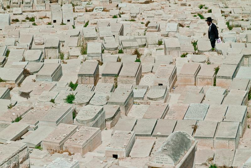 Кладбище Иерусалима еврейское на Mount of Olives стоковые фото
