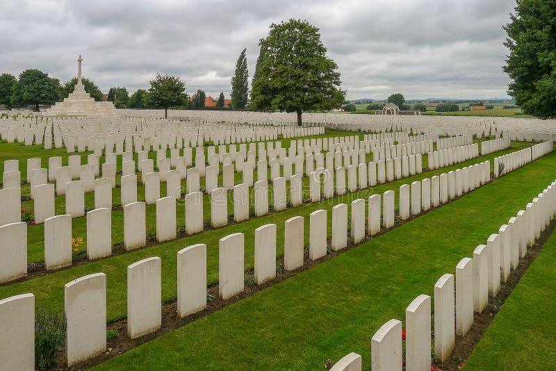 Кладбище кроватки WW1 Tyne около Ипра стоковая фотография rf