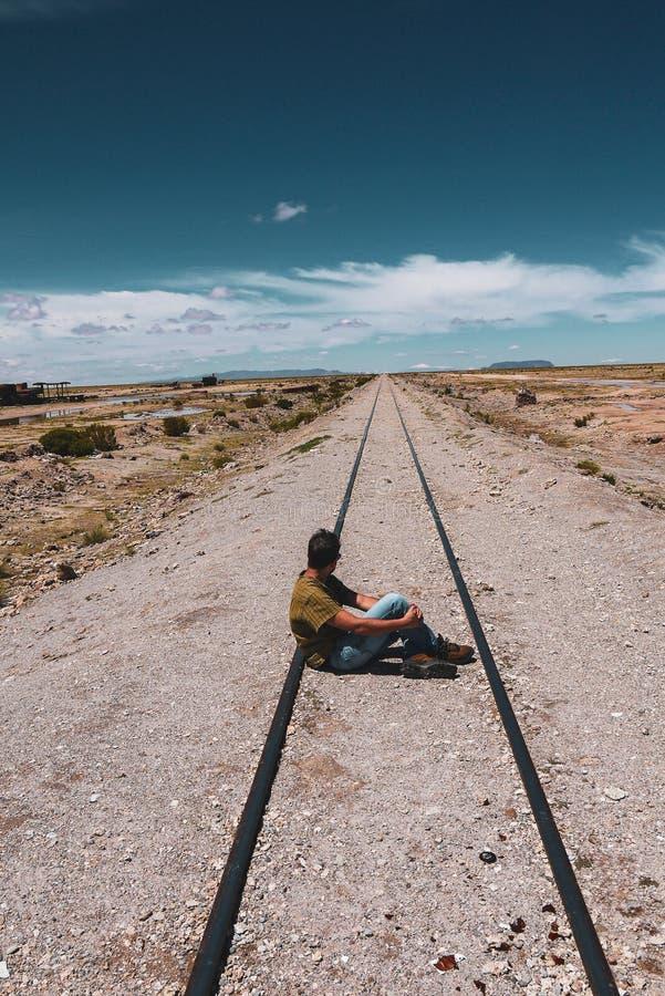 Кладбище поезда в Саларе de Uyuni стоковое фото