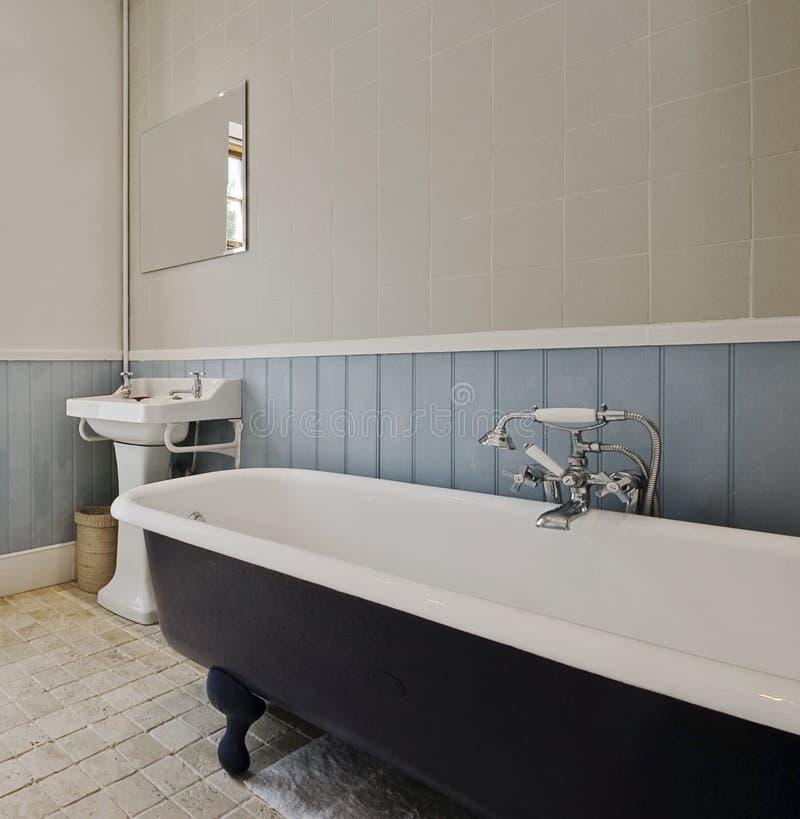 классика ванной комнаты стоковые изображения