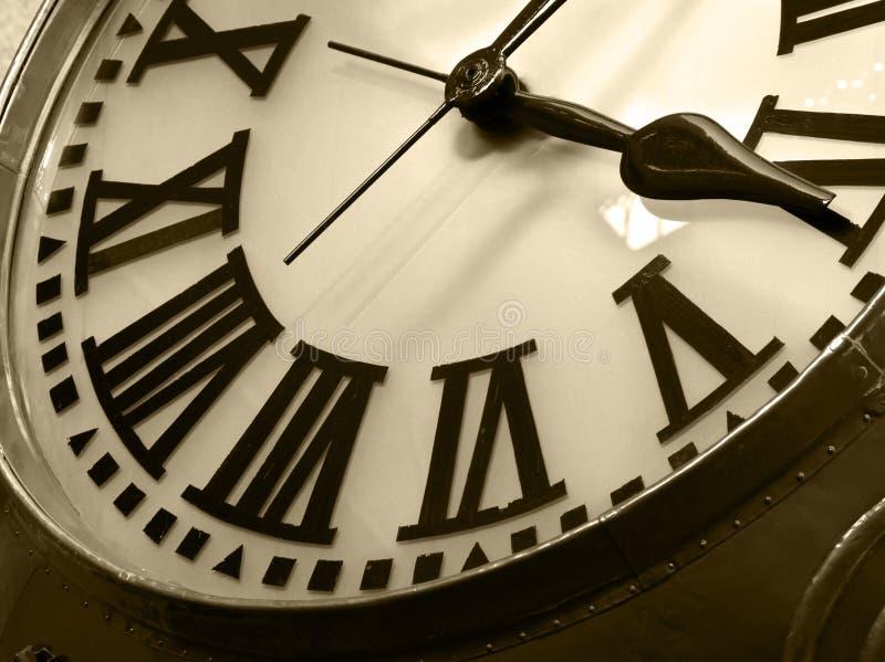 классицистические часы старые стоковая фотография rf