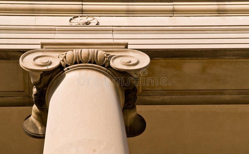 классицистический камень колонки стоковые изображения rf