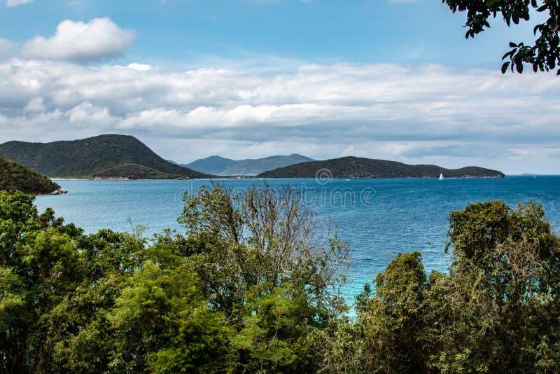 Классический карибский вид на океан стоковое изображение