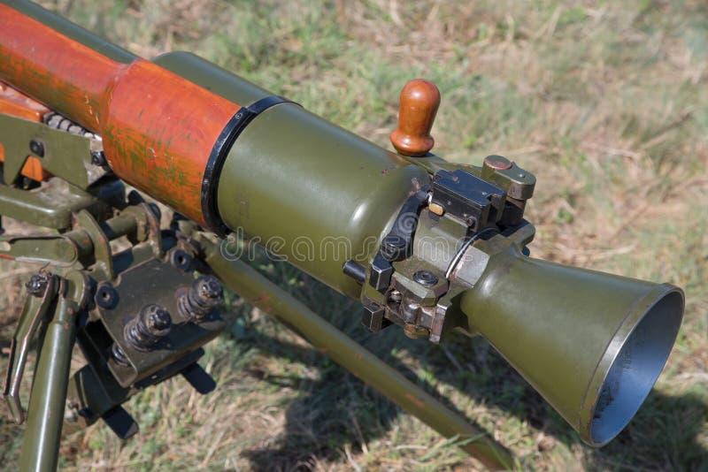 Классический противотанковый рекойлерный снаряд стоковые изображения rf