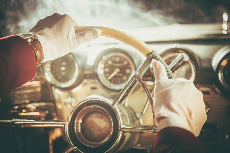 Классический ретро водитель автомобиля стоковое фото rf