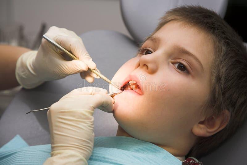 клиника зубоврачебная стоковые фотографии rf