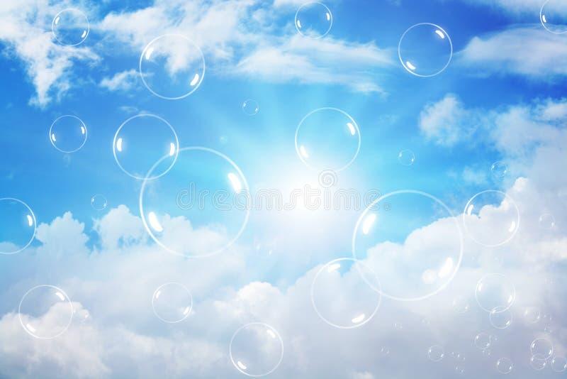 клокочет небо стоковые изображения rf