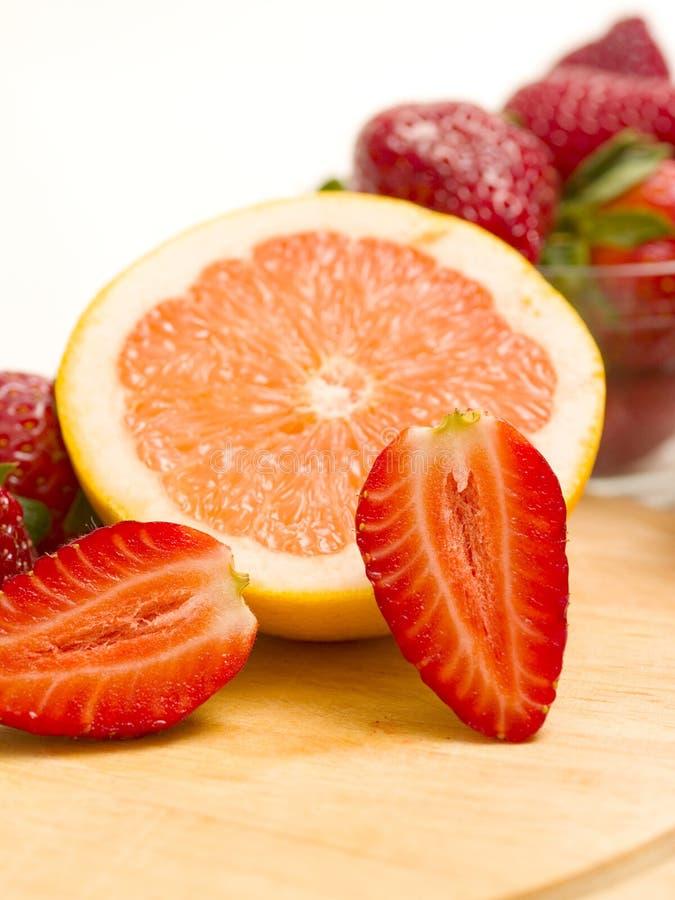 клубника грейпфрута стоковая фотография