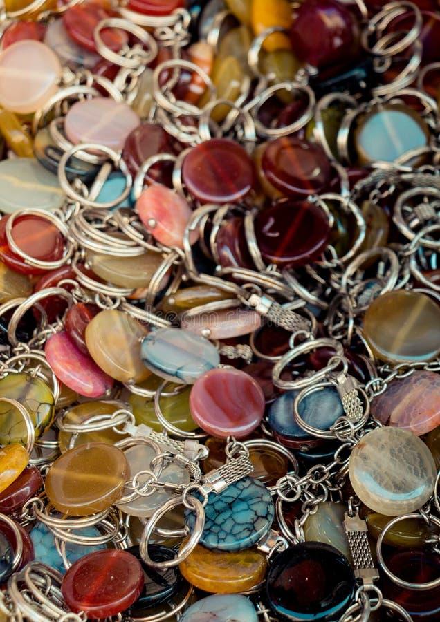 Ключевое кольцо держателя прикрепленное в semi драгоценный камень стоковое фото