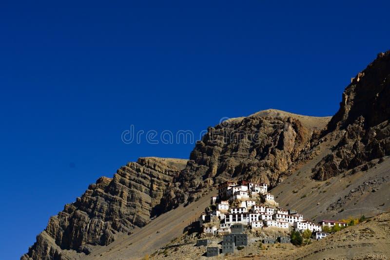 Ключевой монастырь в долине Spiti, Himachal Pradesh, Индии стоковые изображения rf