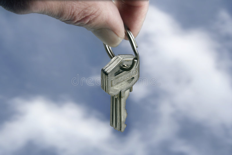 ключи упаденные облаками стоковое изображение rf