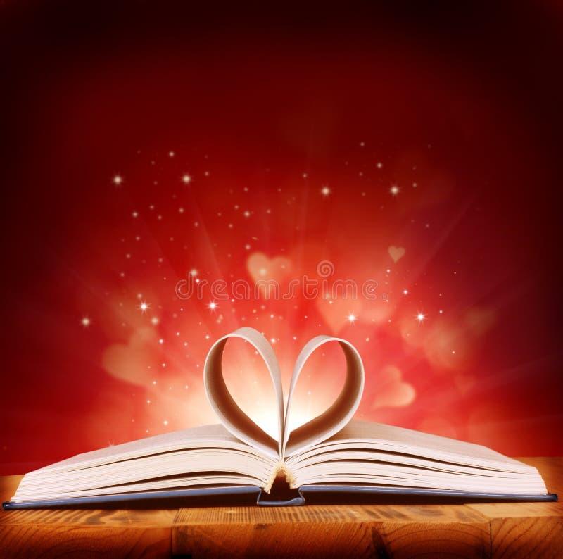 Книга влюбленности стоковое изображение rf
