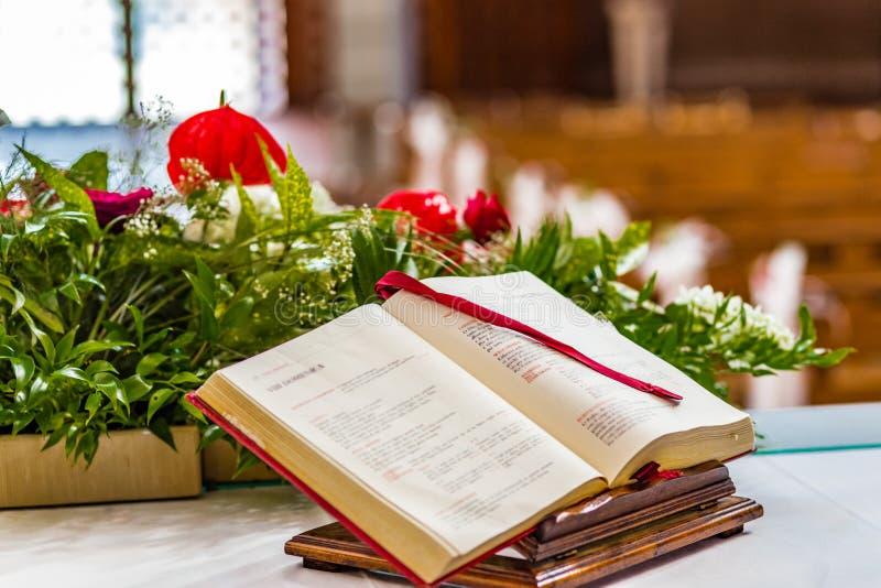 Книга Евангелия стоковые изображения rf