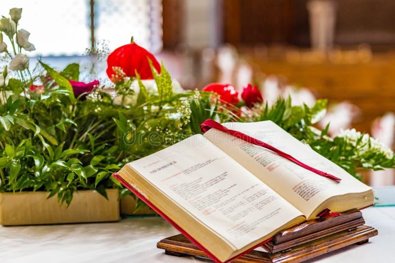 Книга Евангелия стоковые изображения