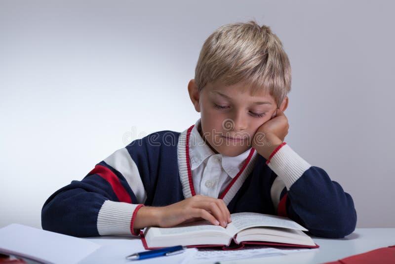 Книга сочинительства школьника стоковое фото rf