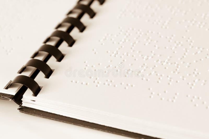 Книга Шрифта Брайля стоковые изображения