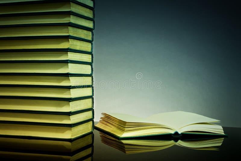 книги предпосылки стоковое фото