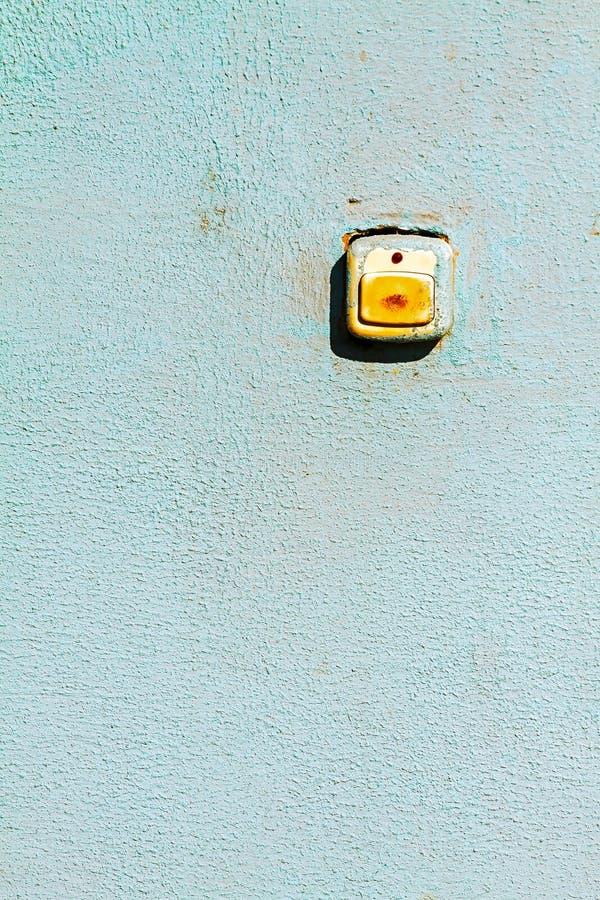 Кнопка, звонок, стена стоковое фото