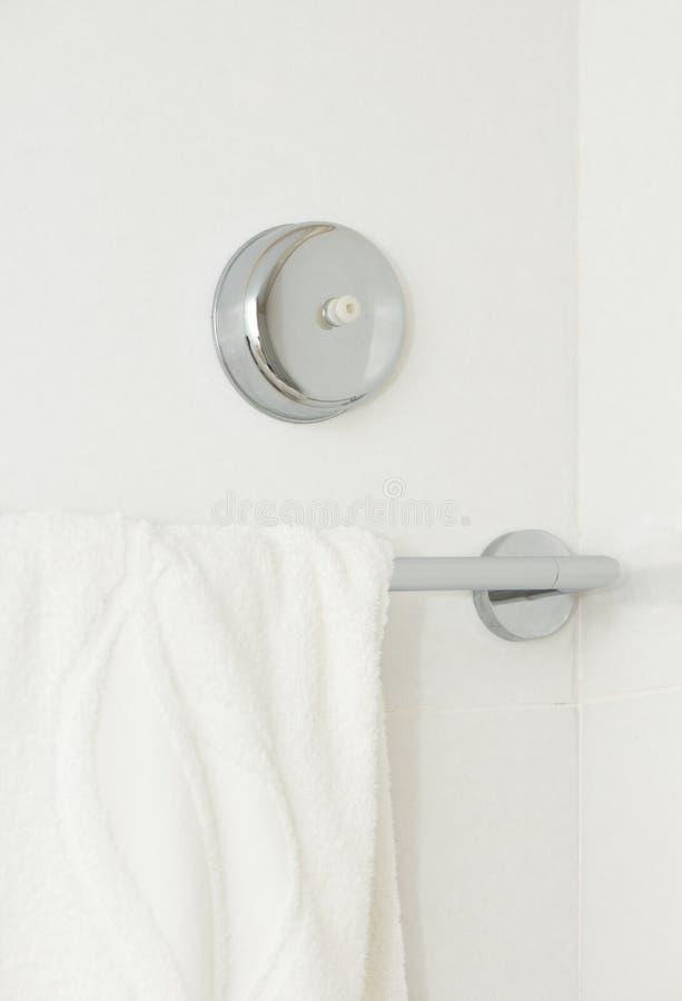 Кнопка сигнала тревоги в ванной комнате стоковые изображения rf