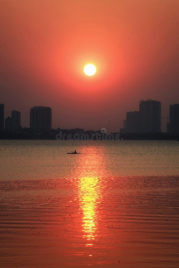 Когда солнце пойти вниз стоковая фотография