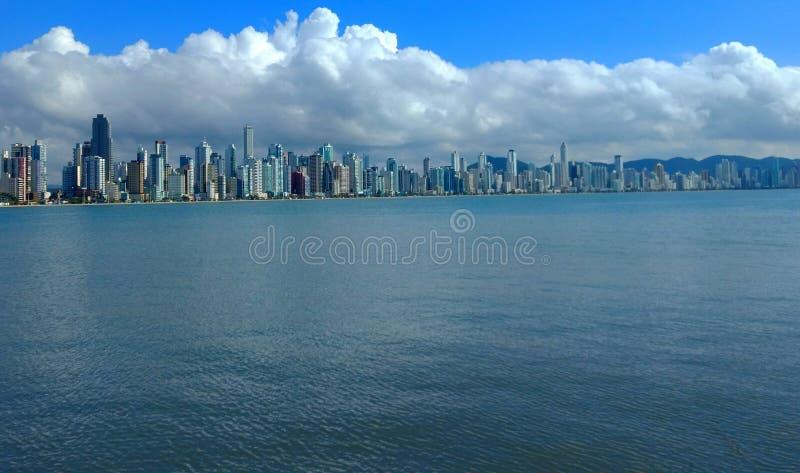 Когда небо касается морю стоковое фото rf