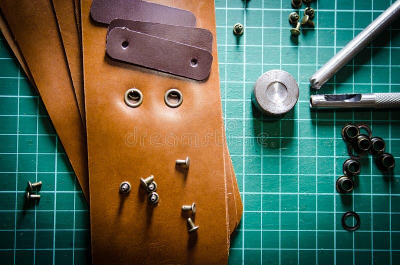 Кожа и инструменты стоковое изображение rf