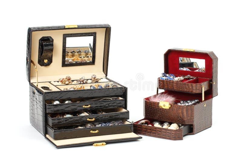 кожа ювелирных изделий коробки косметическая стоковая фотография rf