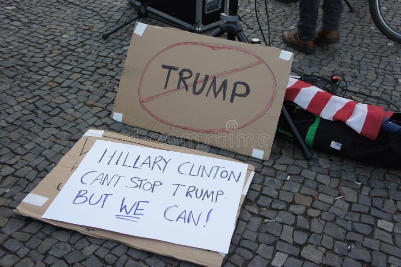 Козырь демонстрации в Берлине стоковые изображения