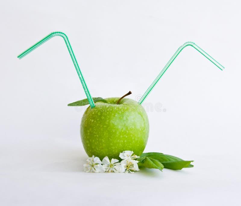 коктеил яблока стоковые изображения