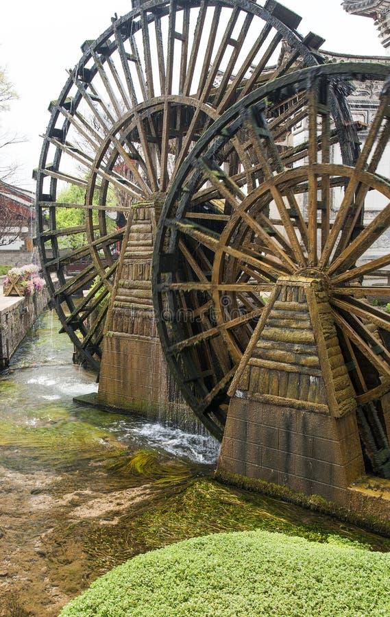 колеса воды lijiang стоковая фотография rf
