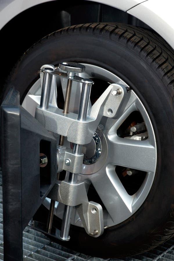 колесо машины струбцины выравнивания стоковое изображение
