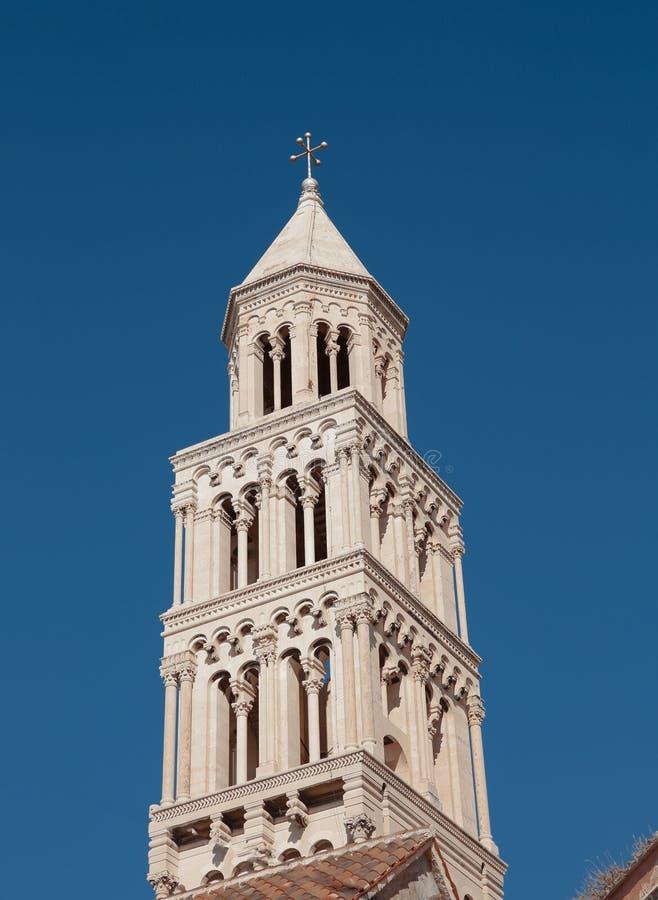 Колокол дворца ` s Diocletian Собор публики Domnius Святого стоковая фотография