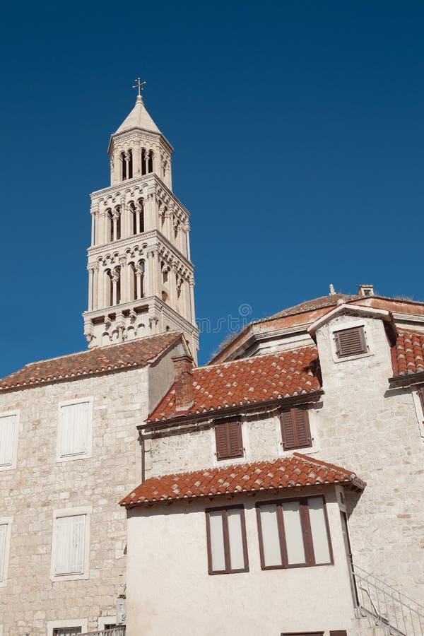 Колокол дворца ` s Diocletian Собор публики Domnius Святого стоковые фото