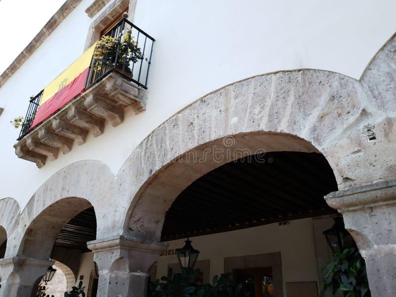 колониальная архитектура стиля в городе Morelia, Мексики стоковое изображение