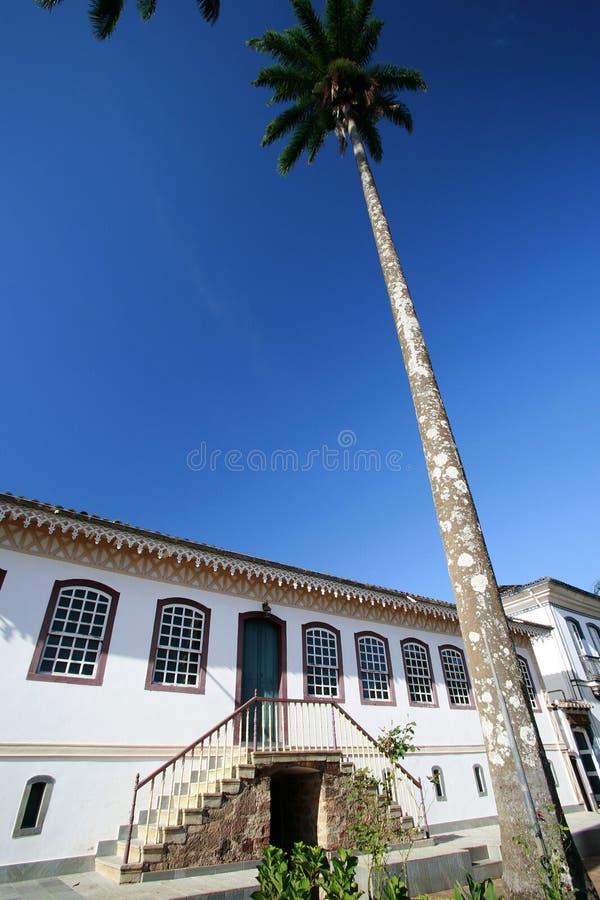 колониальная дом стоковое фото rf