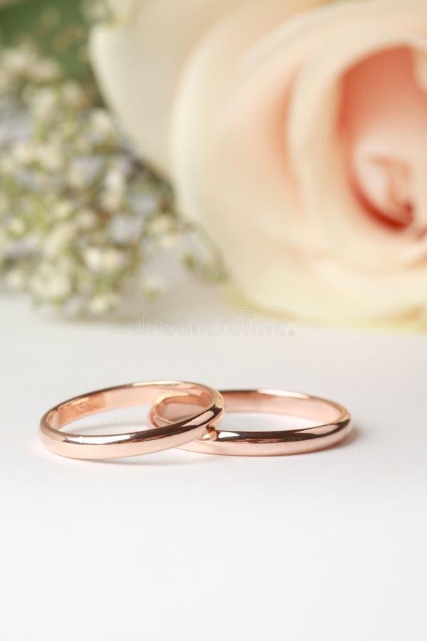 Download кольца wedding стоковое фото. изображение насчитывающей jewelry - 17618720