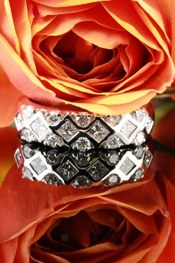 кольцо диаманта стоковые фотографии rf