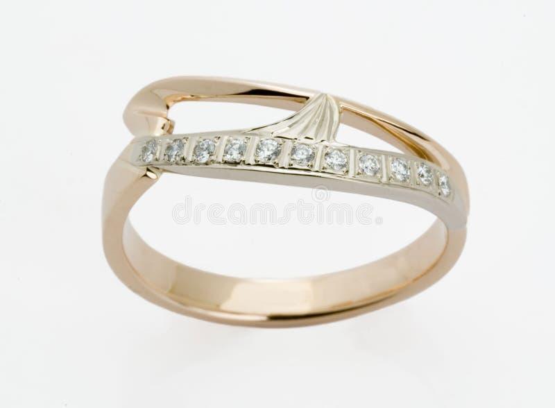 кольцо диамантов стоковое фото