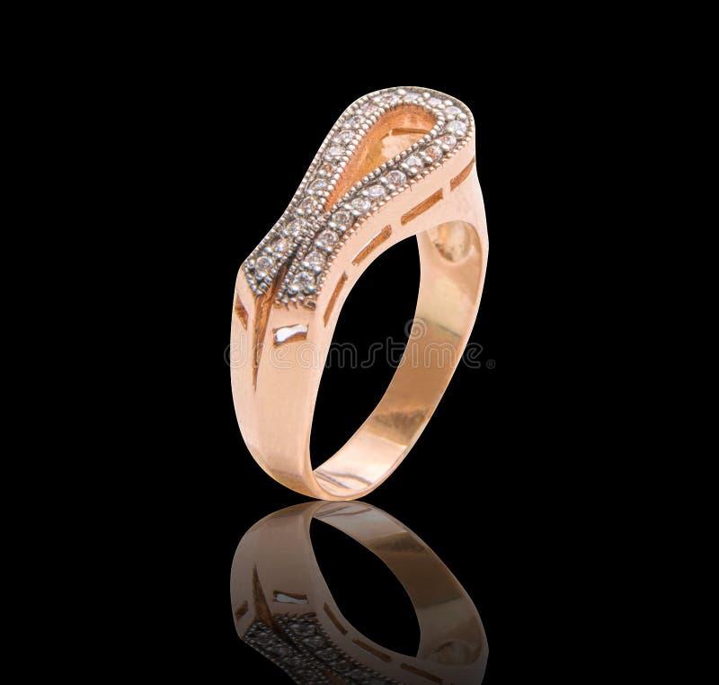 Кольцо с самоцветами диаманта стоковое фото