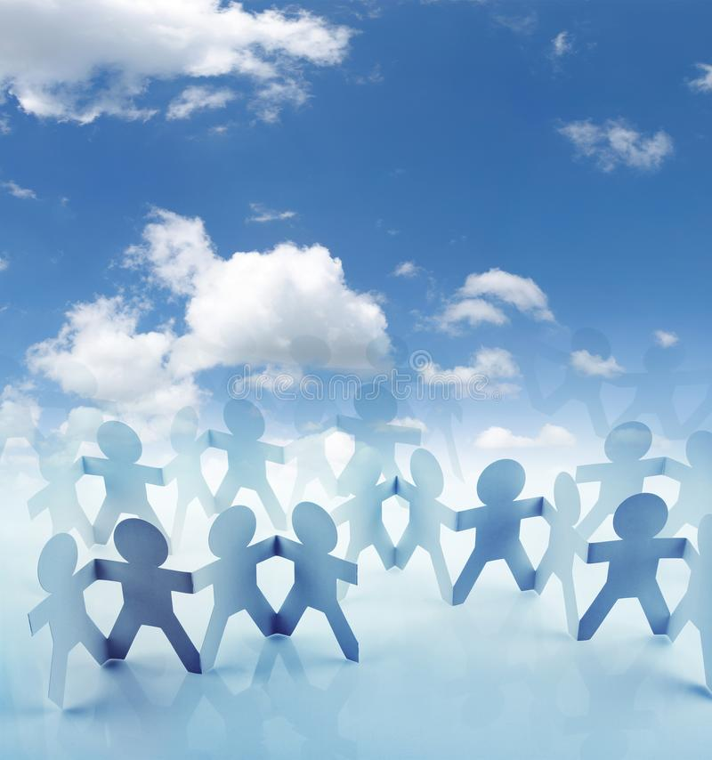 Команда и голубое небо стоковая фотография