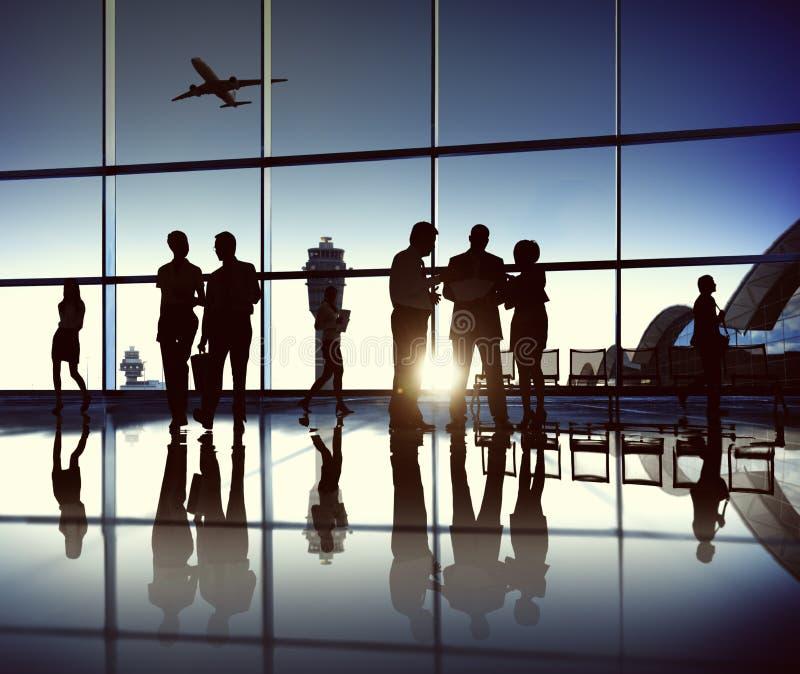 Команда дела на авиапорте стоковое изображение