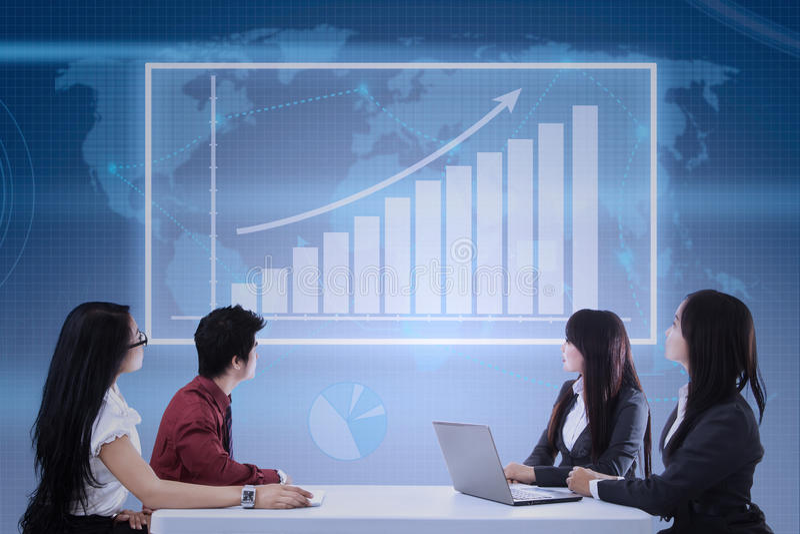 Представление роста дохода от бизнеса стоковые изображения rf