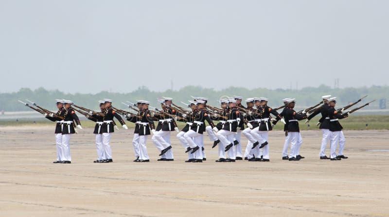 Команда сверла морской пехот Соединенных Штатов молчаливая стоковое фото