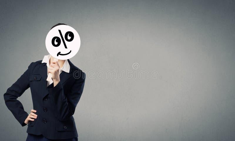Коммерсантка в маске стоковое фото