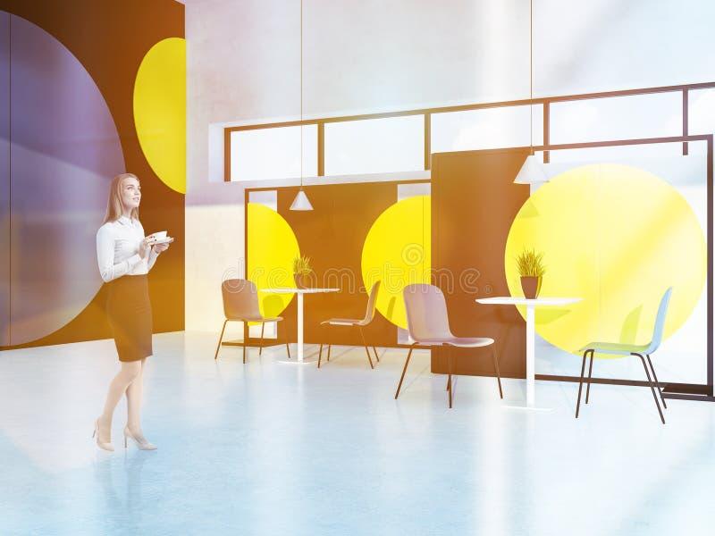 Коммерсантка в стильном интерьере кафа стоковое изображение rf